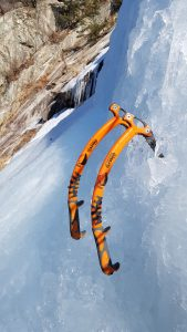 iGuideKorea ice climbing ice axes South Korea